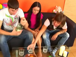 2 guys drilling attractive hot legal age teenager in all inviting holes