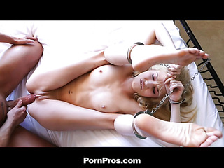 Tiffany Fox likes invited her boyfriend to come over and play a new kinky game. That Babe brought out the handcuffs and let him do as this guy pleased. Her cunt was dripping wet, waiting for his schlong to permeate her. This Babe can't live without being the resigned one. Just imagine what u would do to this cute, petite honey if that babe was all yours.
