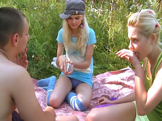 These hot horny teenies give favourable guy a wild three-some