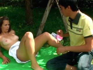 Sexy sex cream loads finish outdoor legal age teenager sex with a nasty amateur lady