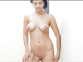 Pretty chick takes off her clothing demonstrating body on cam