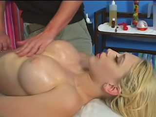 Sexy blonde babe bounces her trimmed pussy on a hard dick