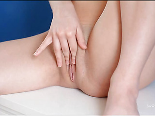 Gal starts stimulating sensitive clit by playful fingers