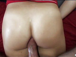 Gal gives fine oral job previous to getting wet holes licked well