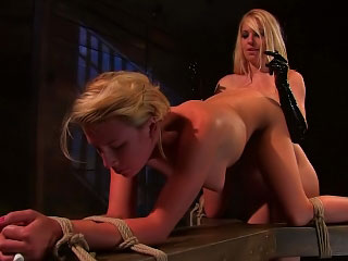 Two hot amazing lesbian babes lick and deep dildo soaked fur pie