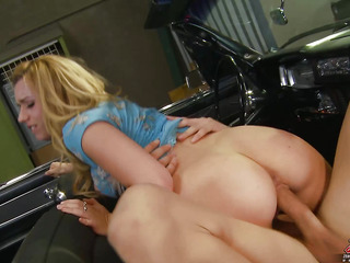 Lexi Belle is one insatiable honey with an endless hunger for dong. That Babe sucks her fellow Mick's 10-Pounder down her face hole and makes sure to give his balls some specific attention. That Babe starts with some great oral sex action previous to moving on to pounding her treasure box deep and fast.